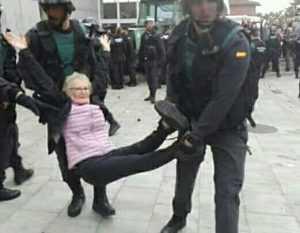 Anciana desalojada por la fuerza 1 - O